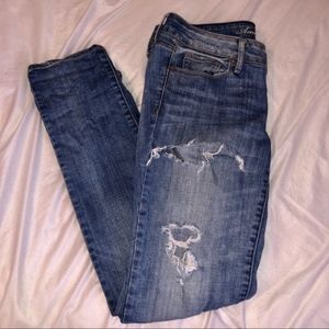 Light Wash Ripped AE Jeans